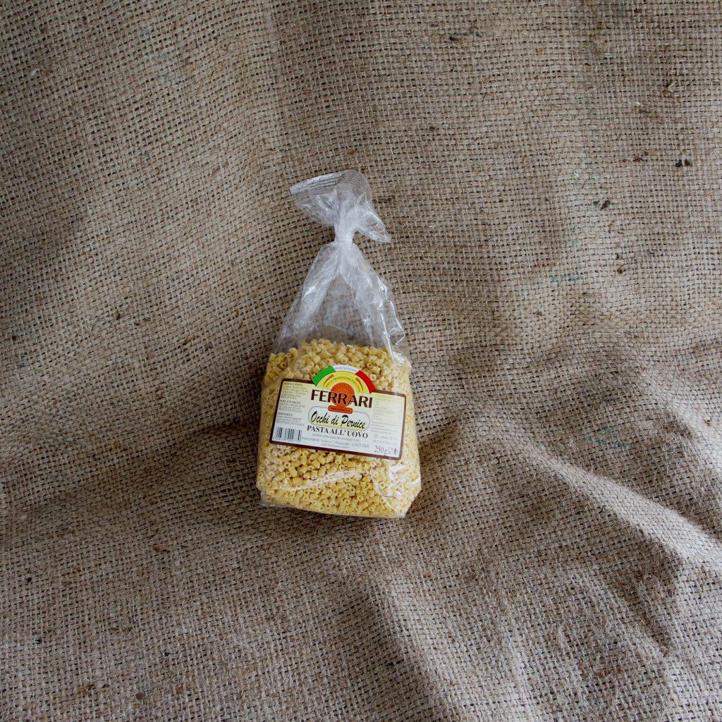 Cuscino con ciuffo per pasta in brodo